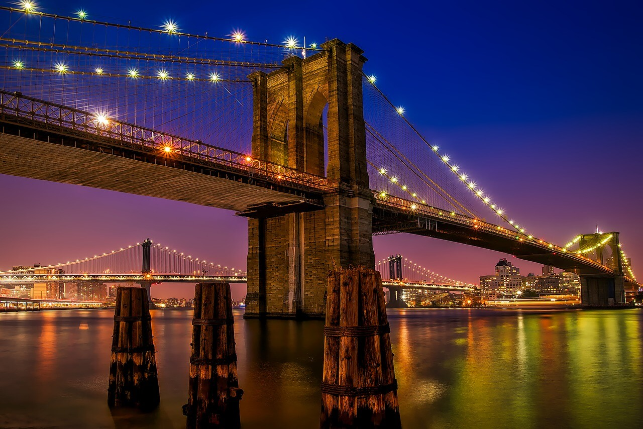 Brooklyn Bridge, New York at night