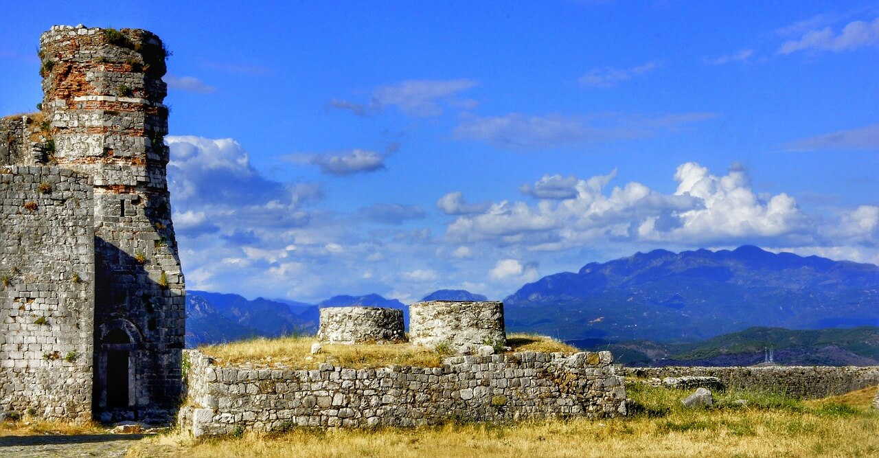 Photo of some ruins in Albania