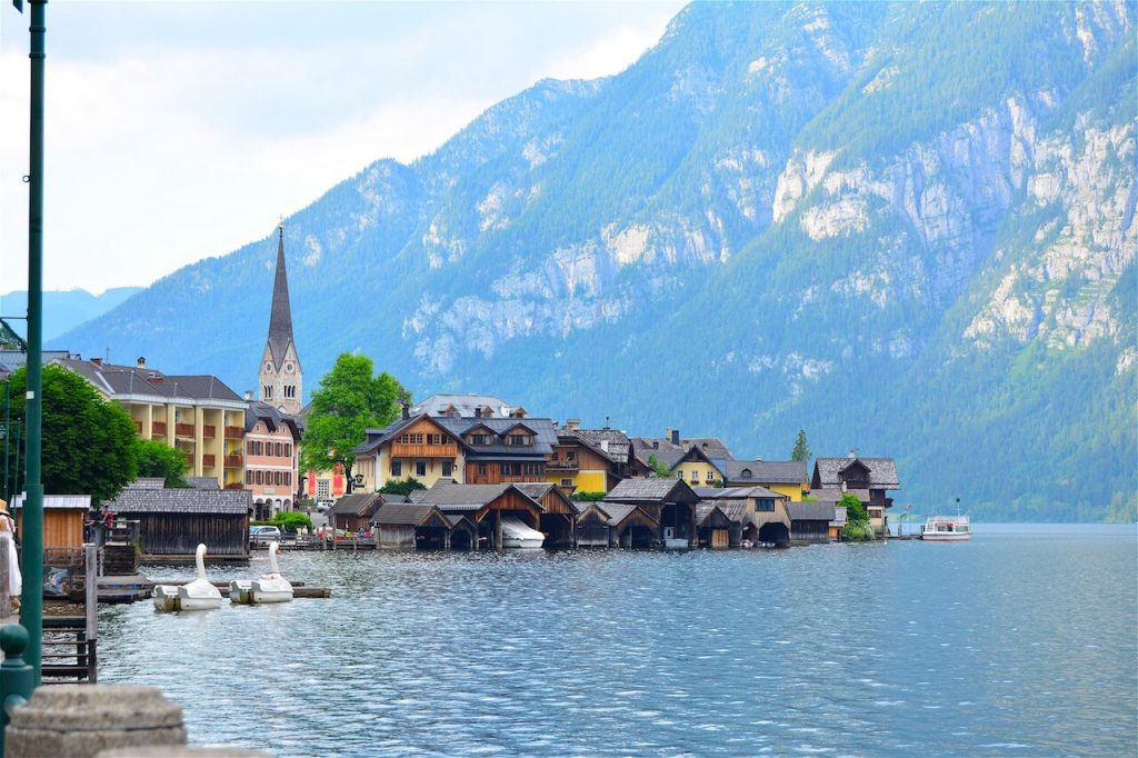 Austria Travel Tips - A pretty village of Hallstatt