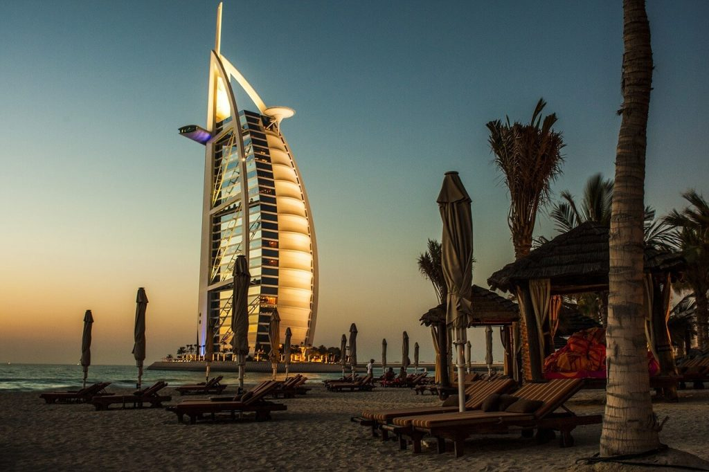 Places_to_visit_in_Dubai_itinerary_Burj_Al_Arab