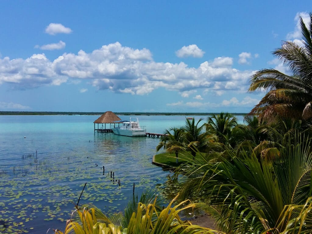 A gorgeous 7 colour lake , Bacalar in Mexico