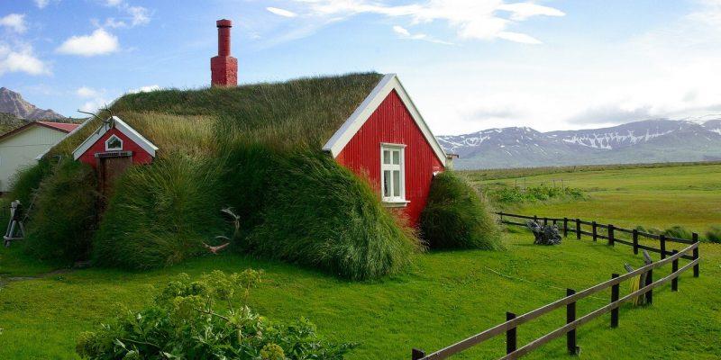 Iceland_Roatrip_Itinerary_Houses
