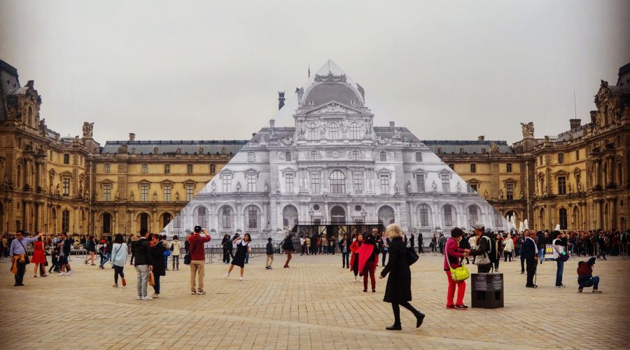 Paris_in_the_rain_louvre-1