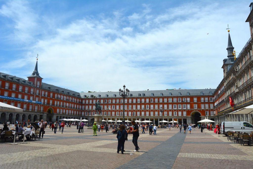 Robbed_Pennliess_Europe_Travel_Books_Food_Plaza_Mayor_Madrid_Spain-1
