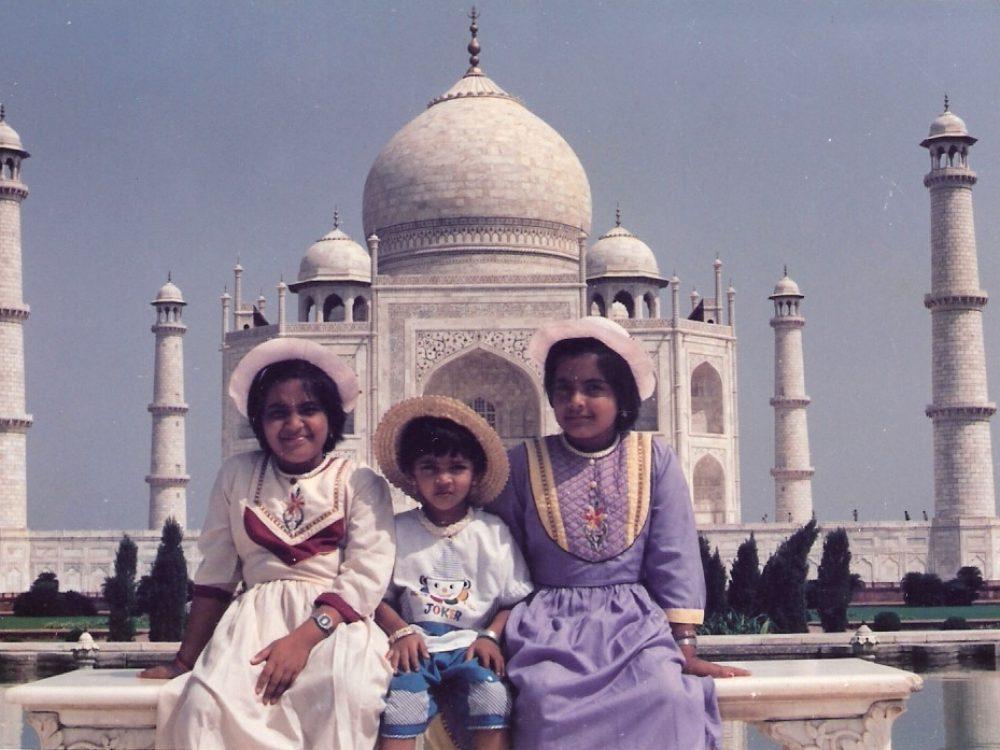 Us_at_Taj_Mahal