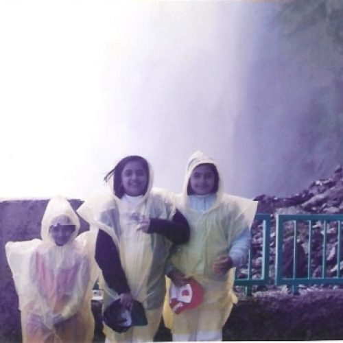 me&chechis at niagra falls