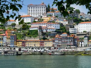 porto-2048724_640